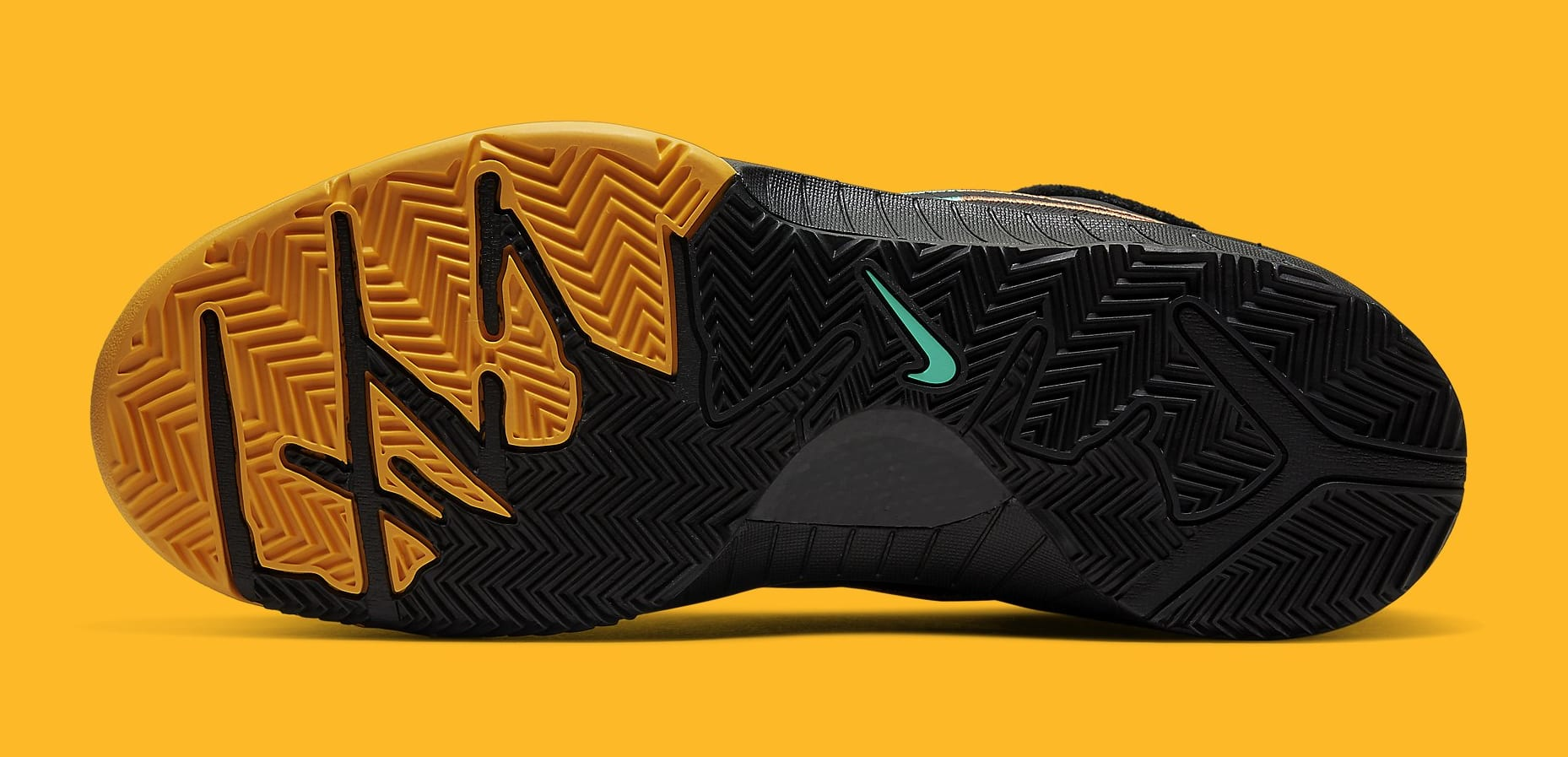 nike-zoom-kobe-4-iv-protro-black-aurora-green-university-gold-av6339-002-outsole