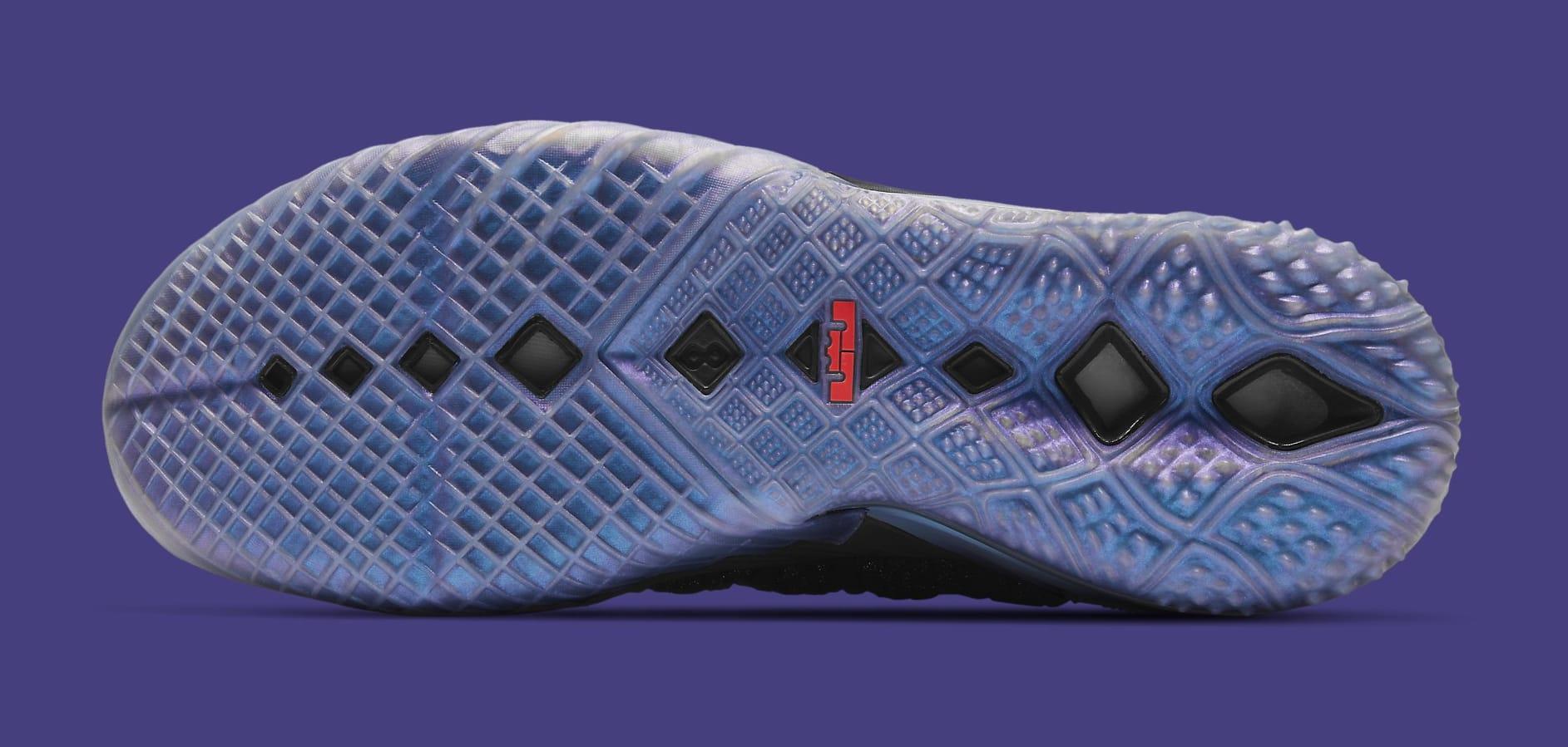 Kylian Mbappe x Nike LeBron 18 GS DB7644-001 Outsole