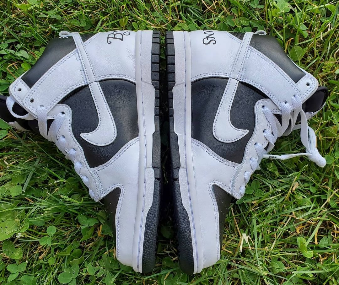 Supreme x Nike SB Dunk High 'By Any Means' (Lateral Pair)