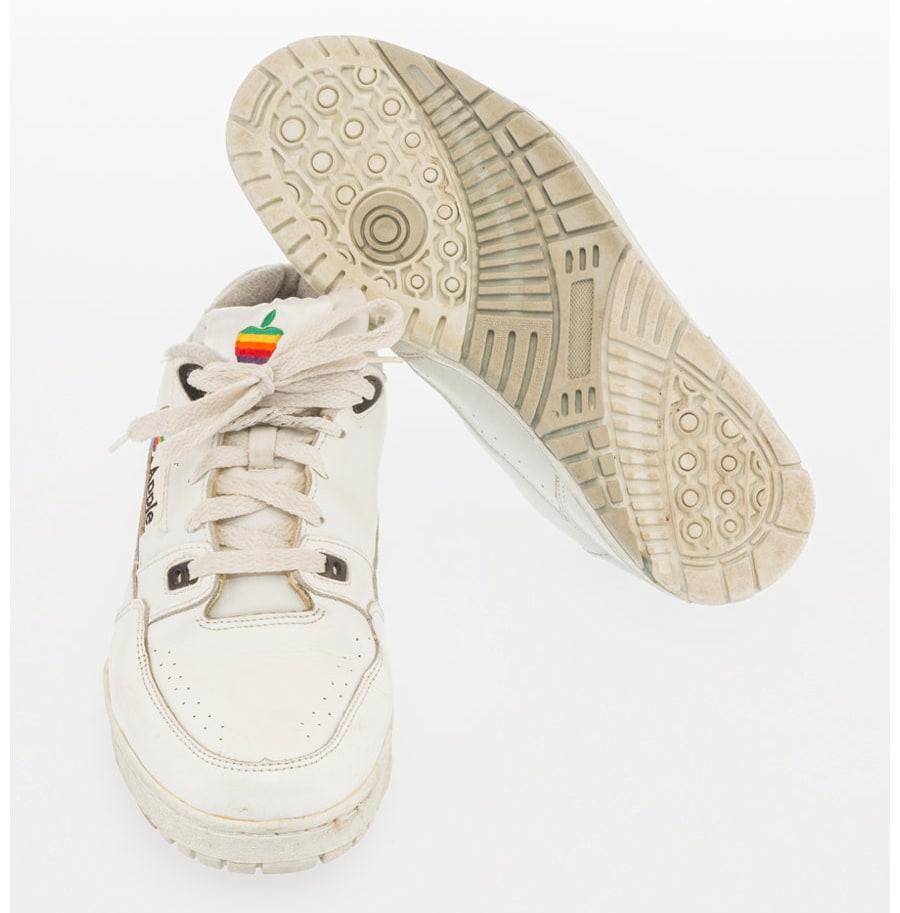 Apple Sneaker Front