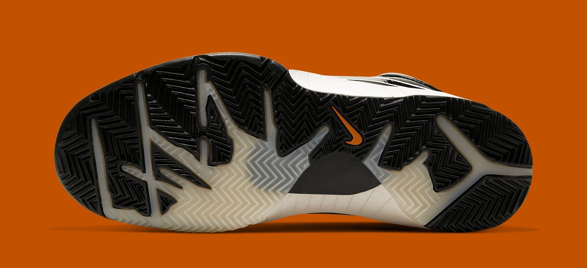 Undefeated x Nike Kobe 4 Protro 'Black Mamba' CQ3869-001 (Bottom)