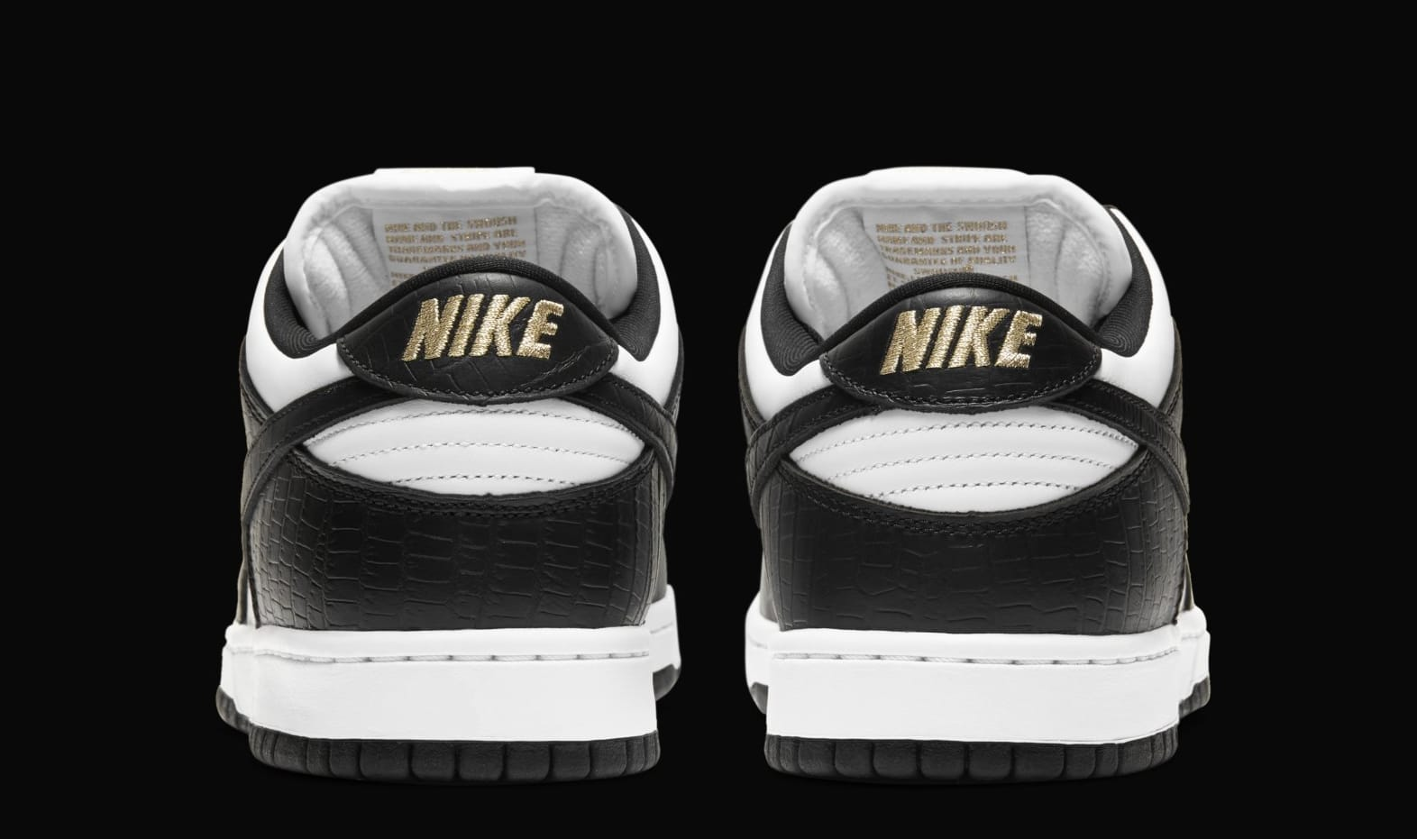Supreme x Nike SB Dunk Low 'Black' DH3228-102 (Heel)