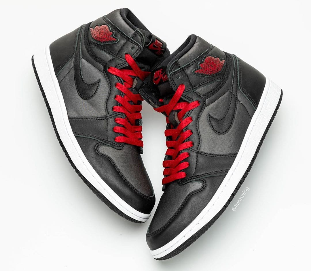 air-jordan-1-retro-high-og-black-gym-red-white-555088-060-first-look