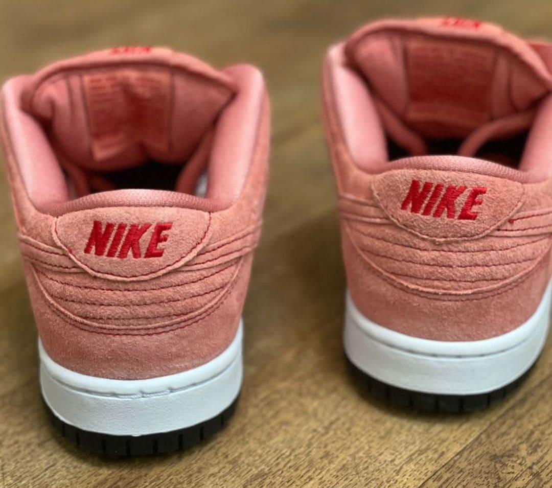 Nike SB Dunk Low 'Pink Pig' Heel
