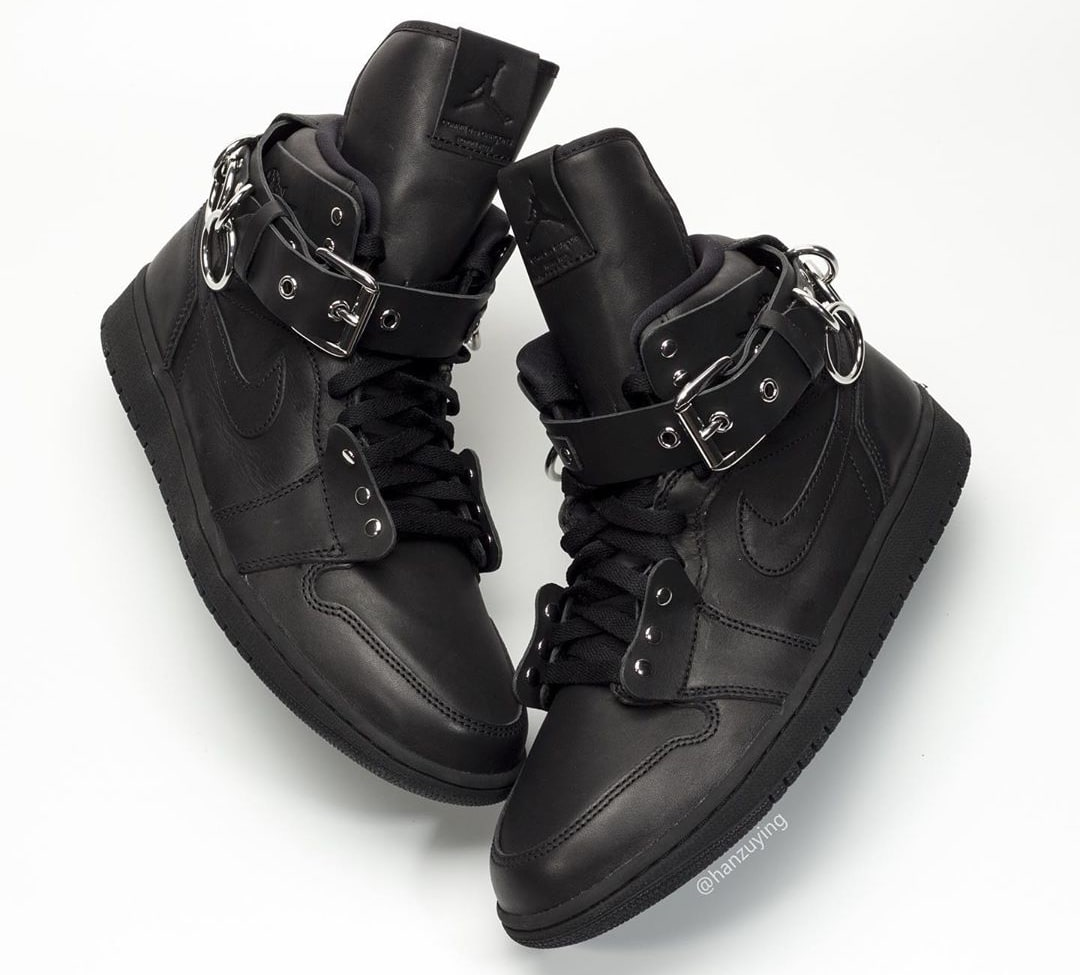 Comme Des Garcons x Air Jordan 1 'Black' CN5738-001 Side