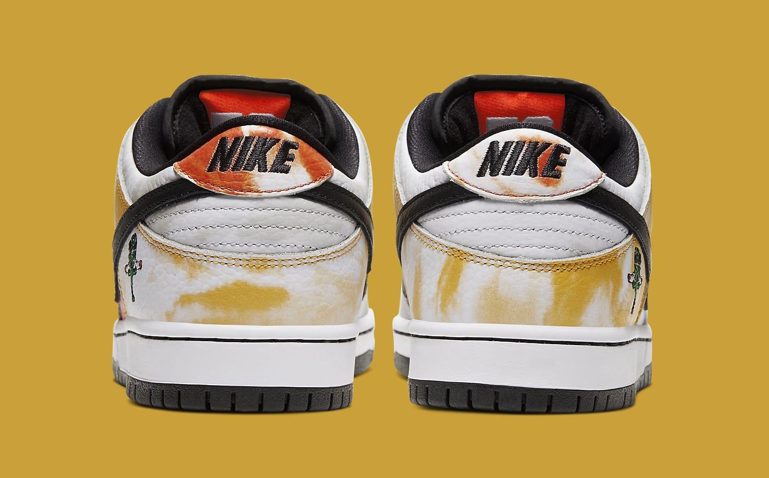 nike-sb-dunk-low-tie-dye-ray-gun-white-bq6832-101-heel
