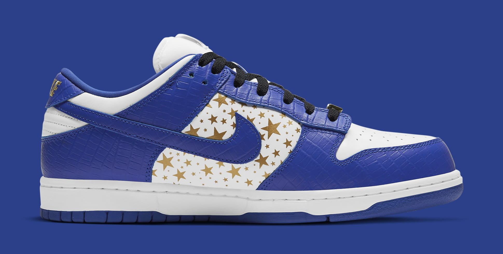Supreme x Nike SB Dunk Low 'Hyper Royal' DH3228-100 Medial