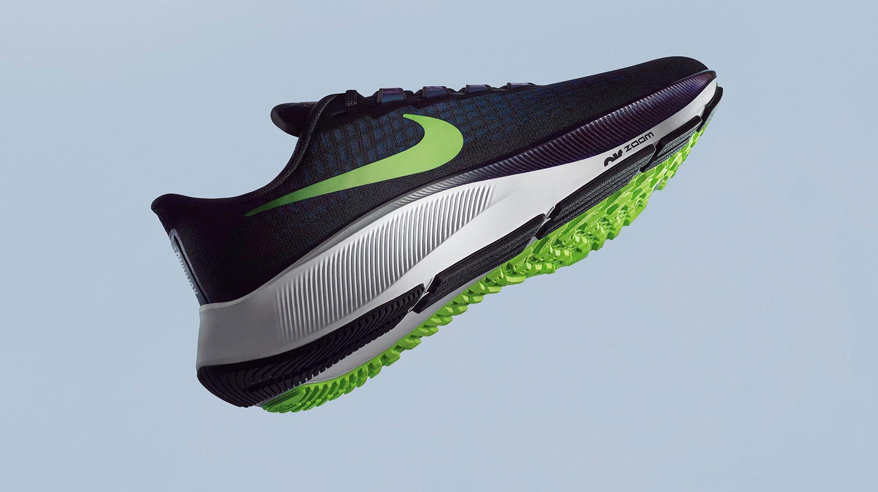 Nike Air Zoom Pegasus 37 Black Side