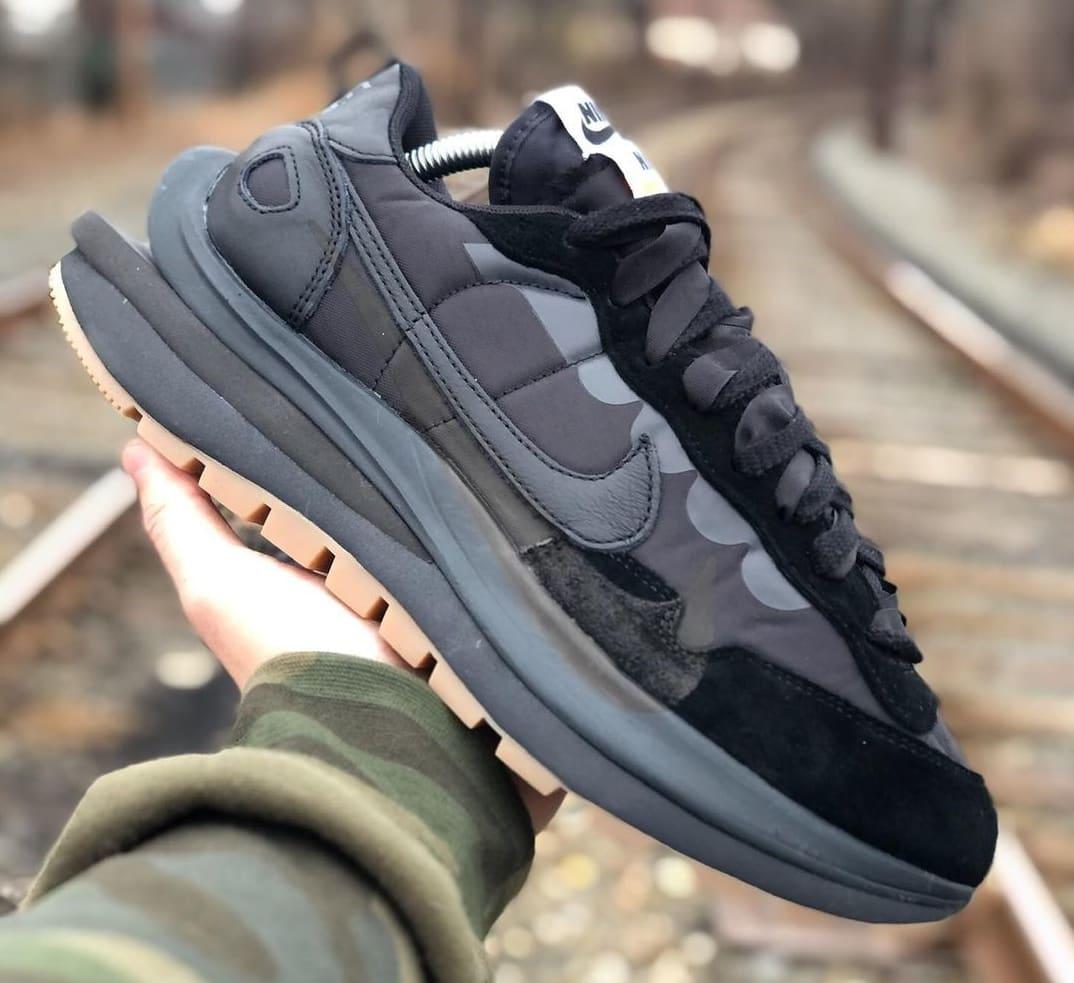 Sacai x Nike VaporWaffle 'Black Nylon' Lateral