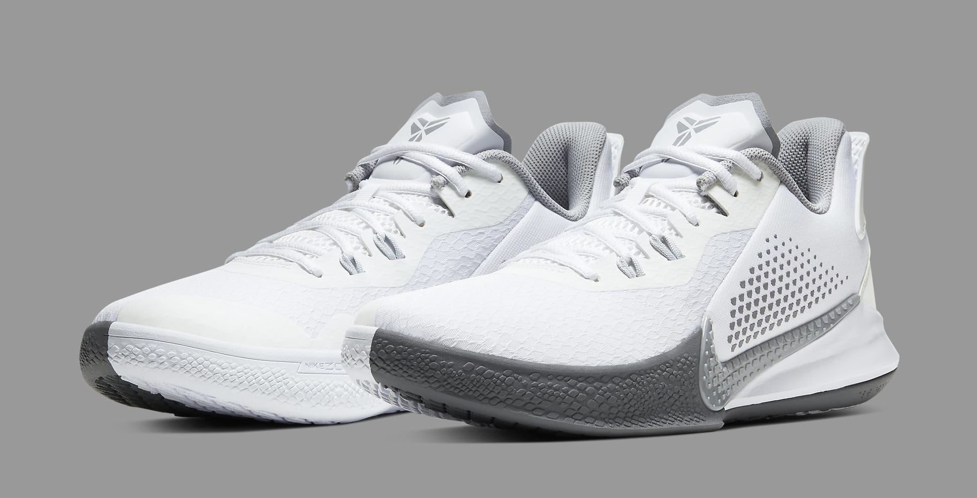Nike Kobe Mamba Fury CK2087-100 Pair