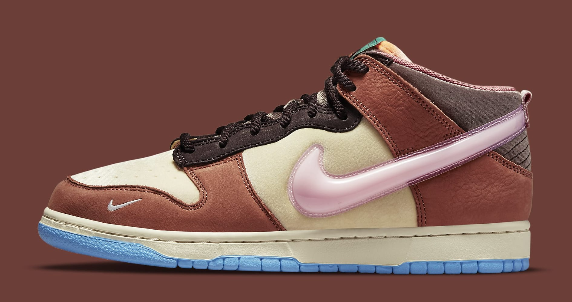 Social Status x Nike Dunk Mid DJ1173-700 Lateral