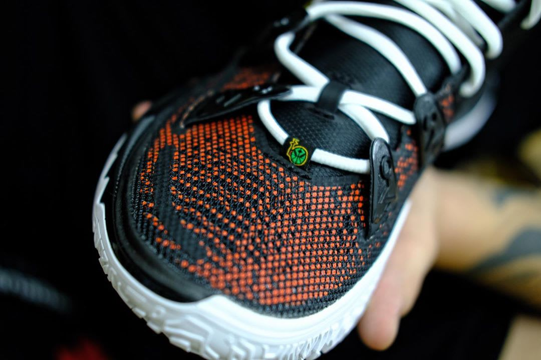 Nike Kyrie 7 'Raygun' Toe