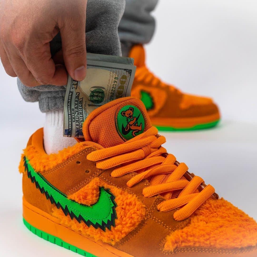 Grateful Dead x Nike SB Dunk Low Orange Release Date CJ5378-800 Stash