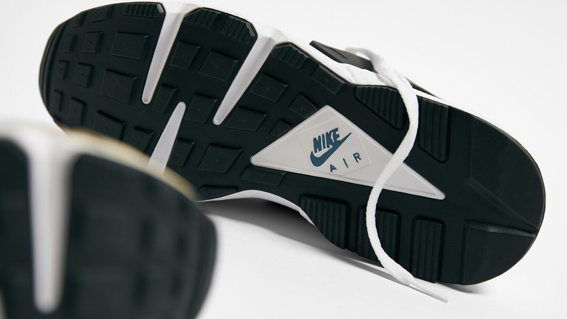 Nike Air Huarache 'Escape' DH9532-201 Outsole