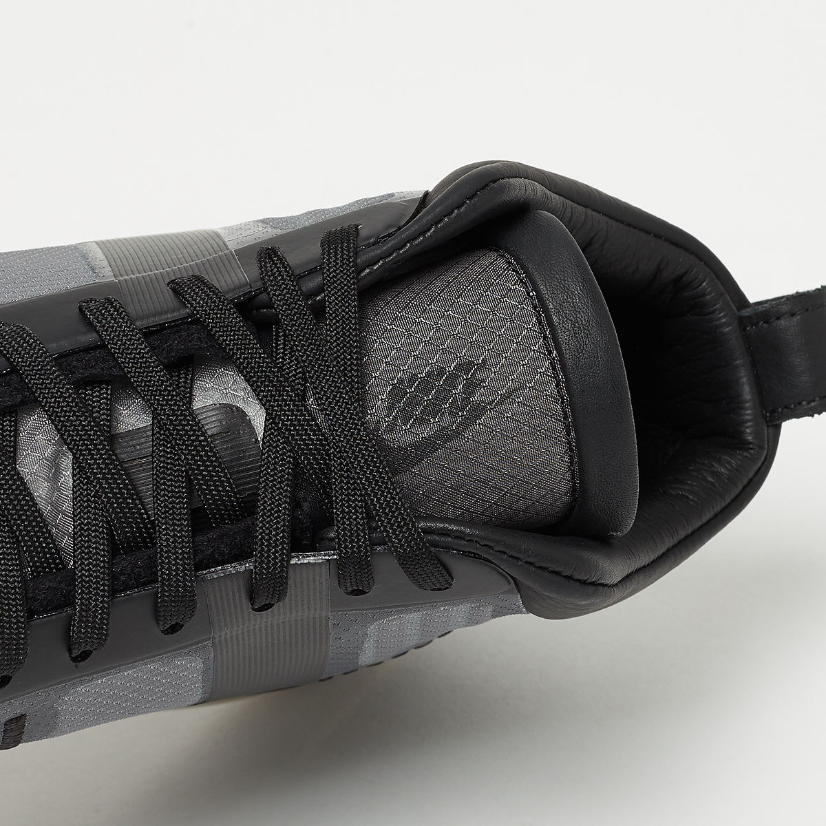 John Elliott x Nike LeBron Icon QS 'Black/Gum' AQ0114-001 (Tongue)