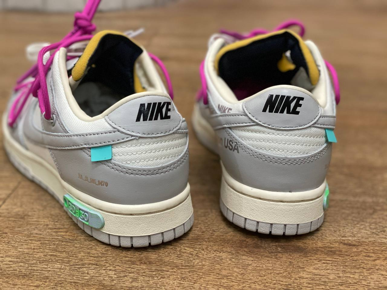 off-white-nike-dunk-low-50-white-grey-release-heel