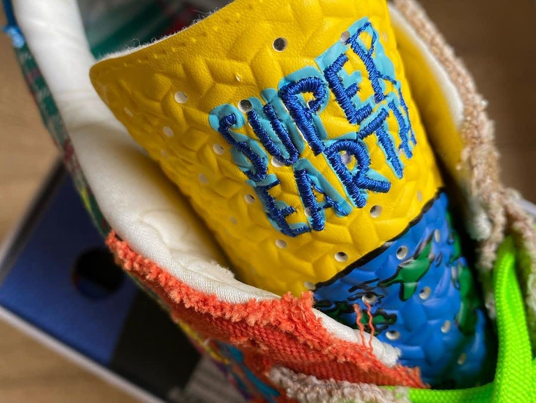 Sean Wotherspoon x Adidas ZX 8000 Super Earth Release Date Tongue