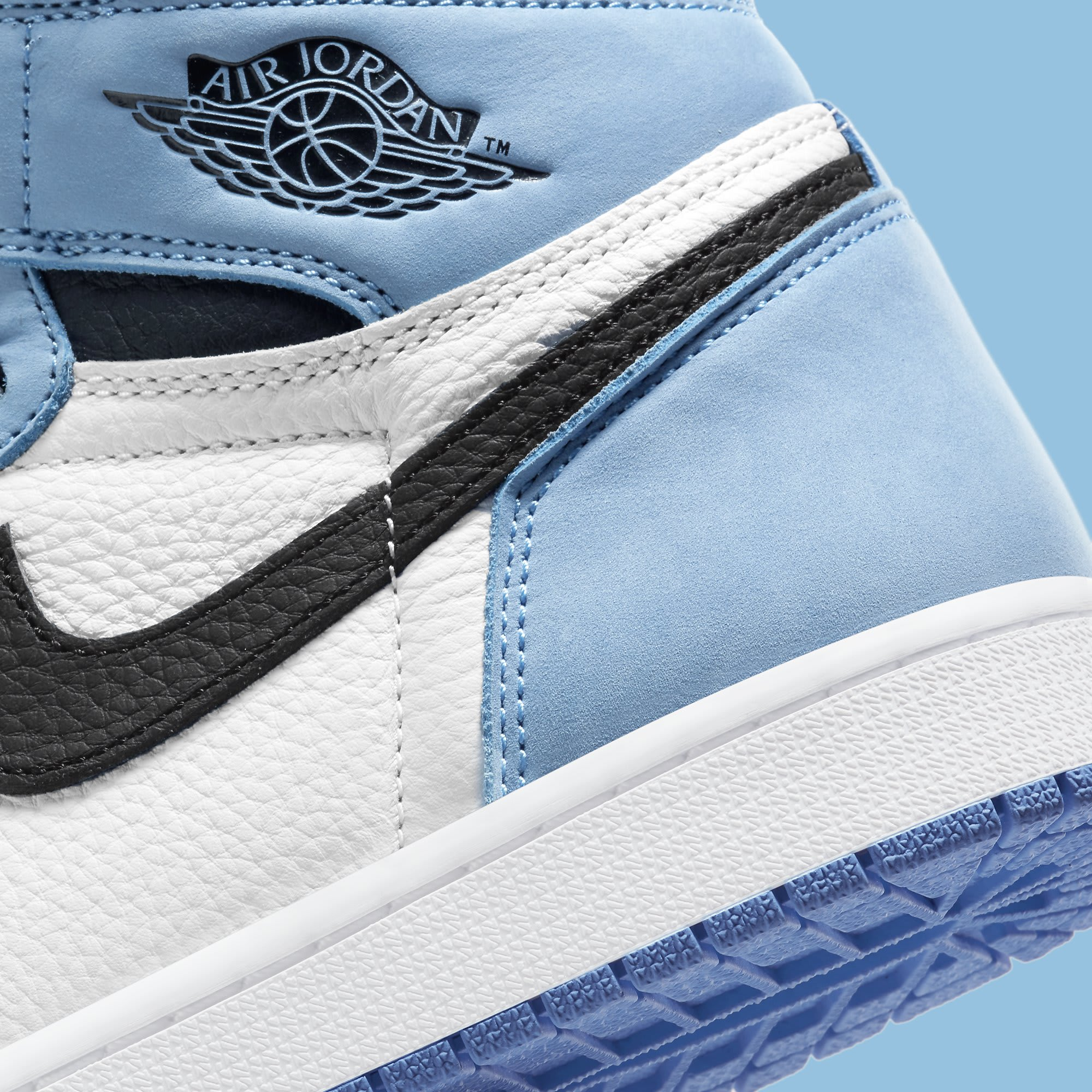 Air Jordan 1 University Blue Release Date 555088-134 Heel Detail