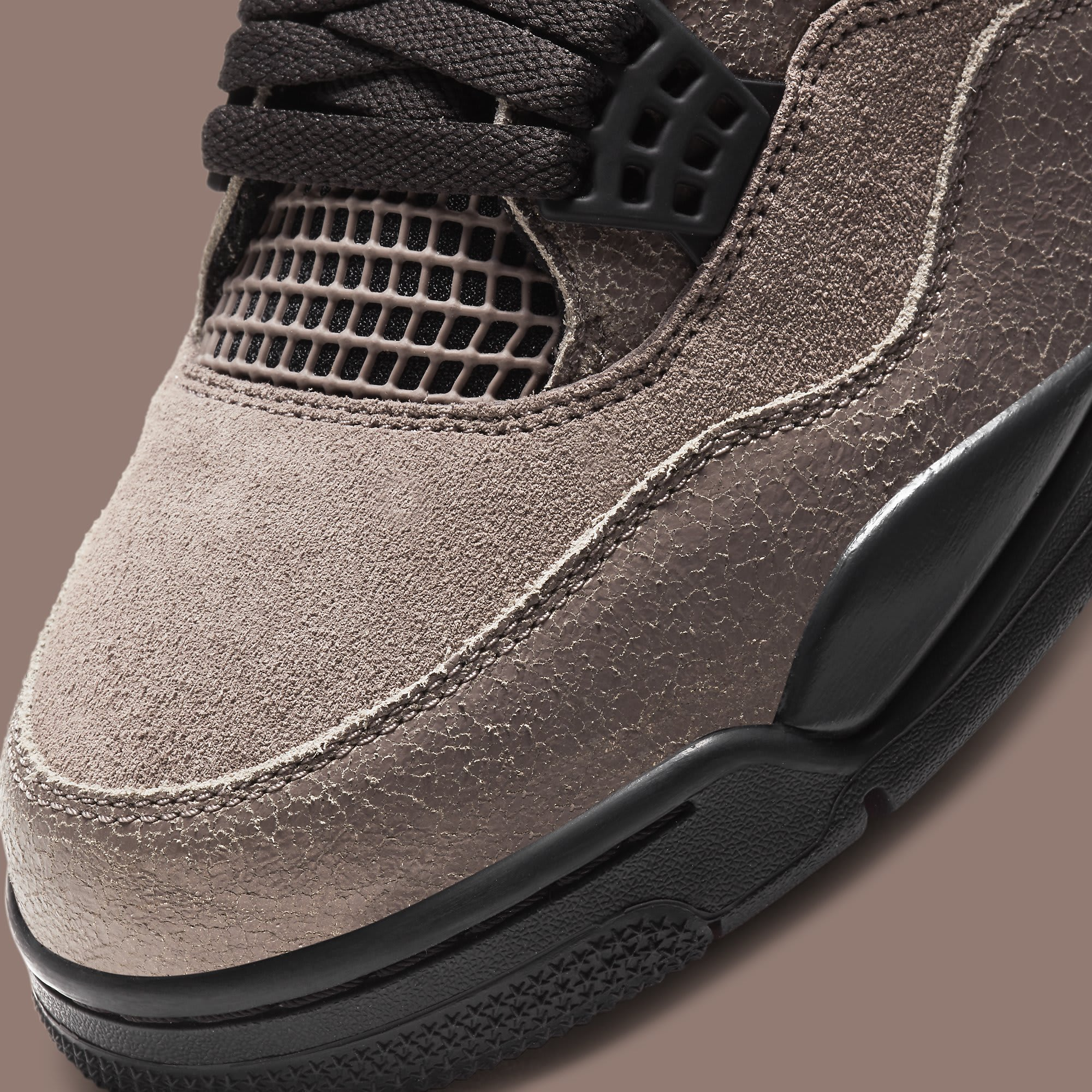 Air Jordan 4 IV Taupe Haze Release Date DB0732-200 Toe Detail