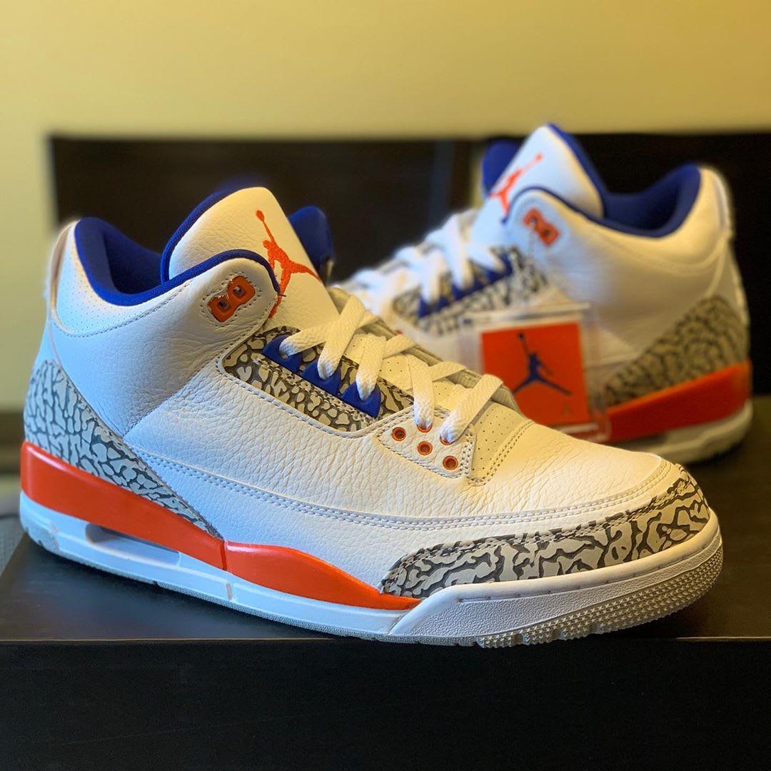 Air Jordan 3 'Knicks' (Angle)