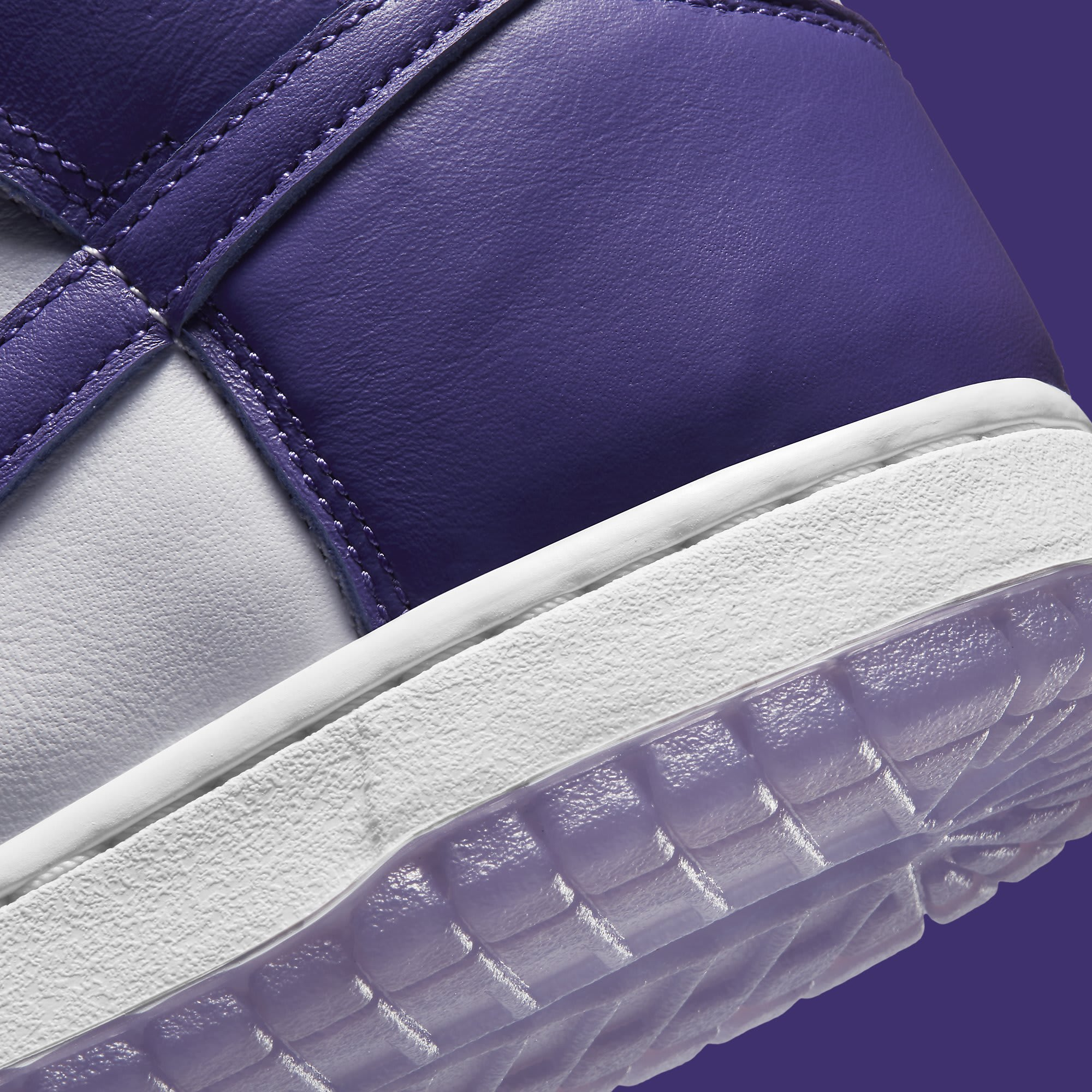 Nike Dunk High Women's Court Purple Release Date DC5382-100 Heel Detail