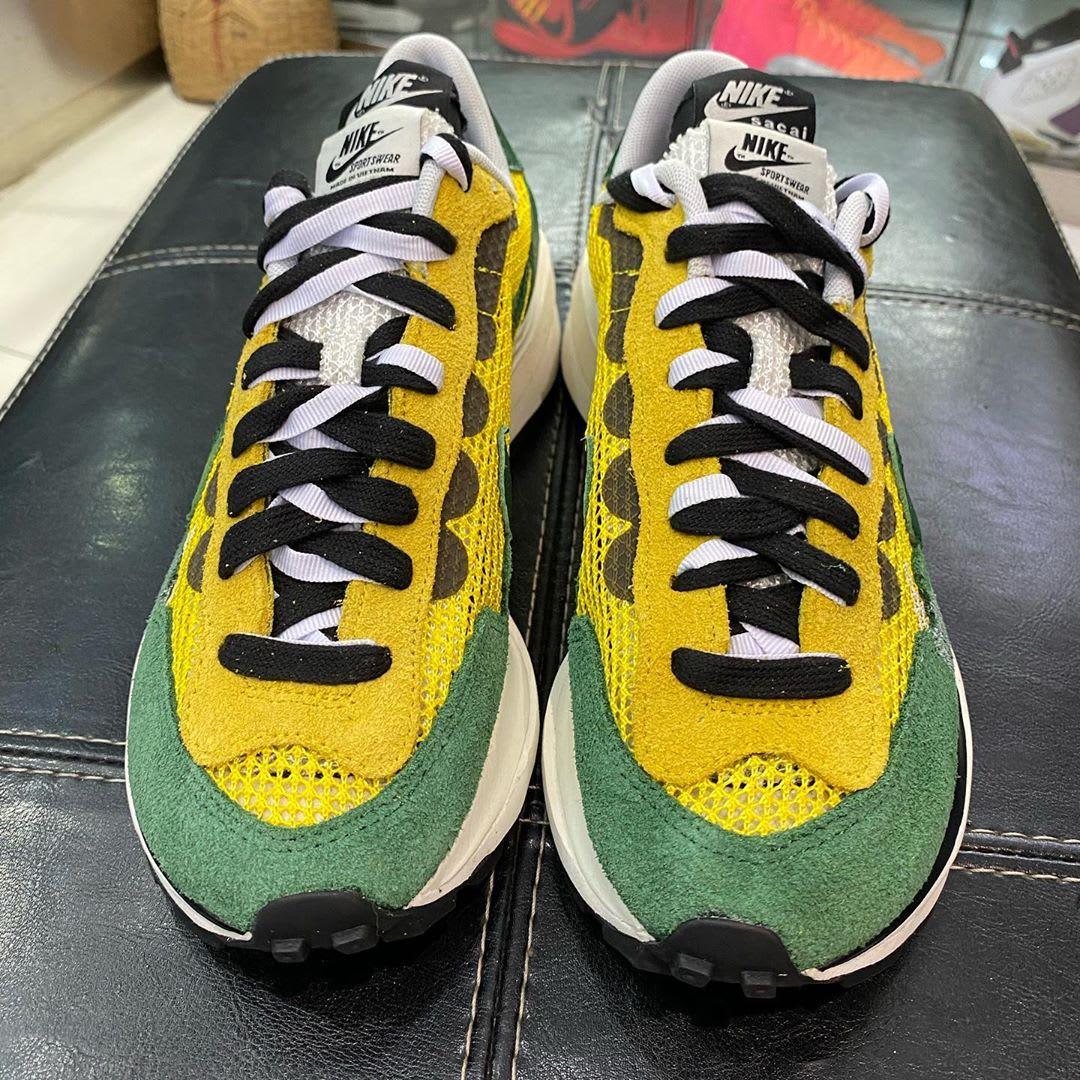 Sacai x Nike VaporWaffle Tour Yellow/Stadium Green-Sail Front