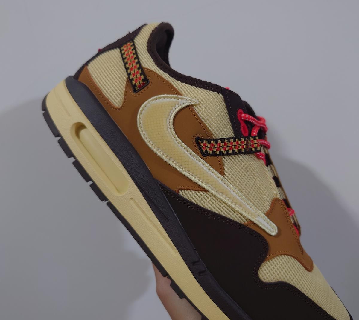 Travis Scott x Nike Air Max 1 Collab Side