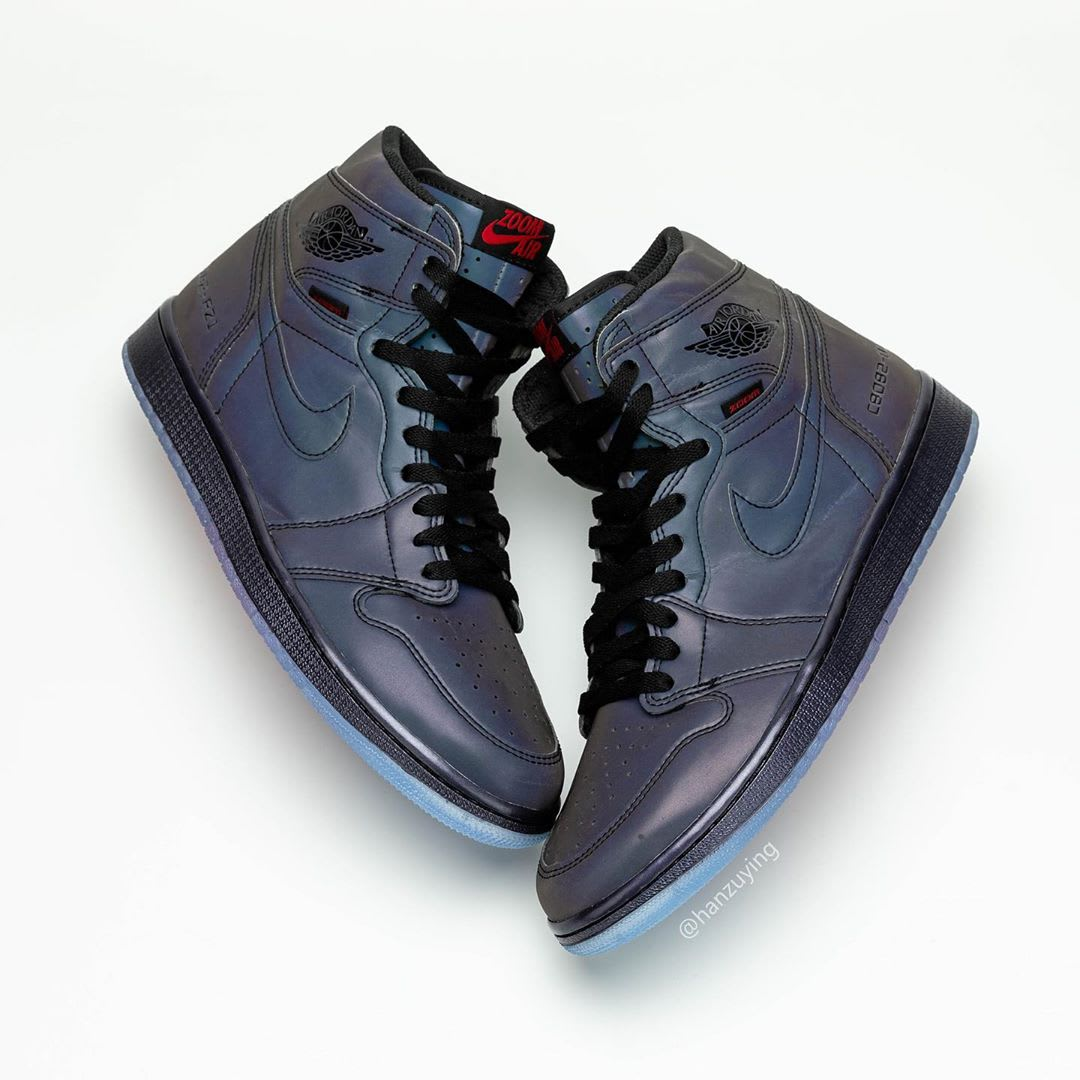 Air Jordan 1 High Zoom R2T BV0006-900 (Pair Lateral)