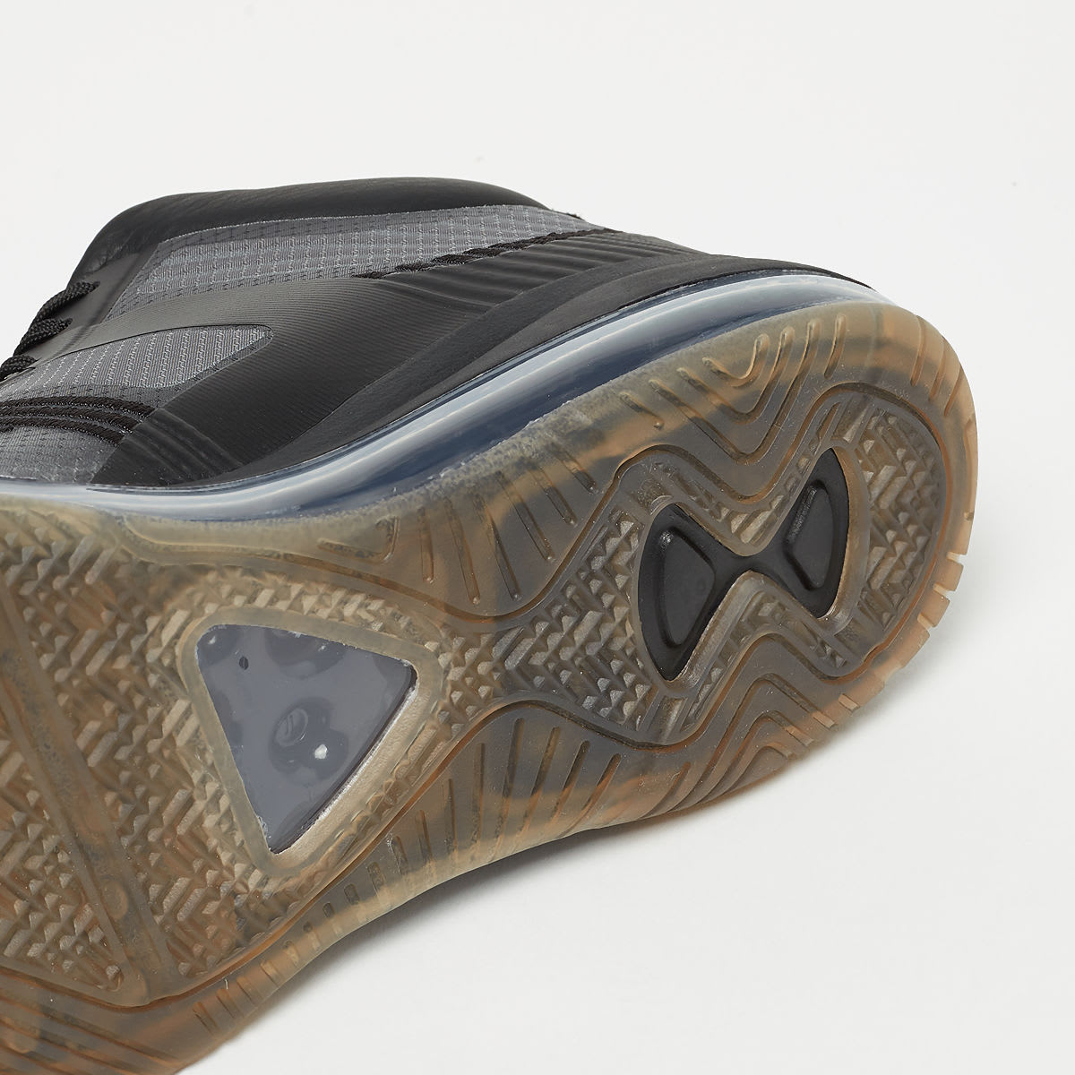John Elliott x Nike LeBron Icon QS 'Black/Gum' AQ0114-001 (Bottom)