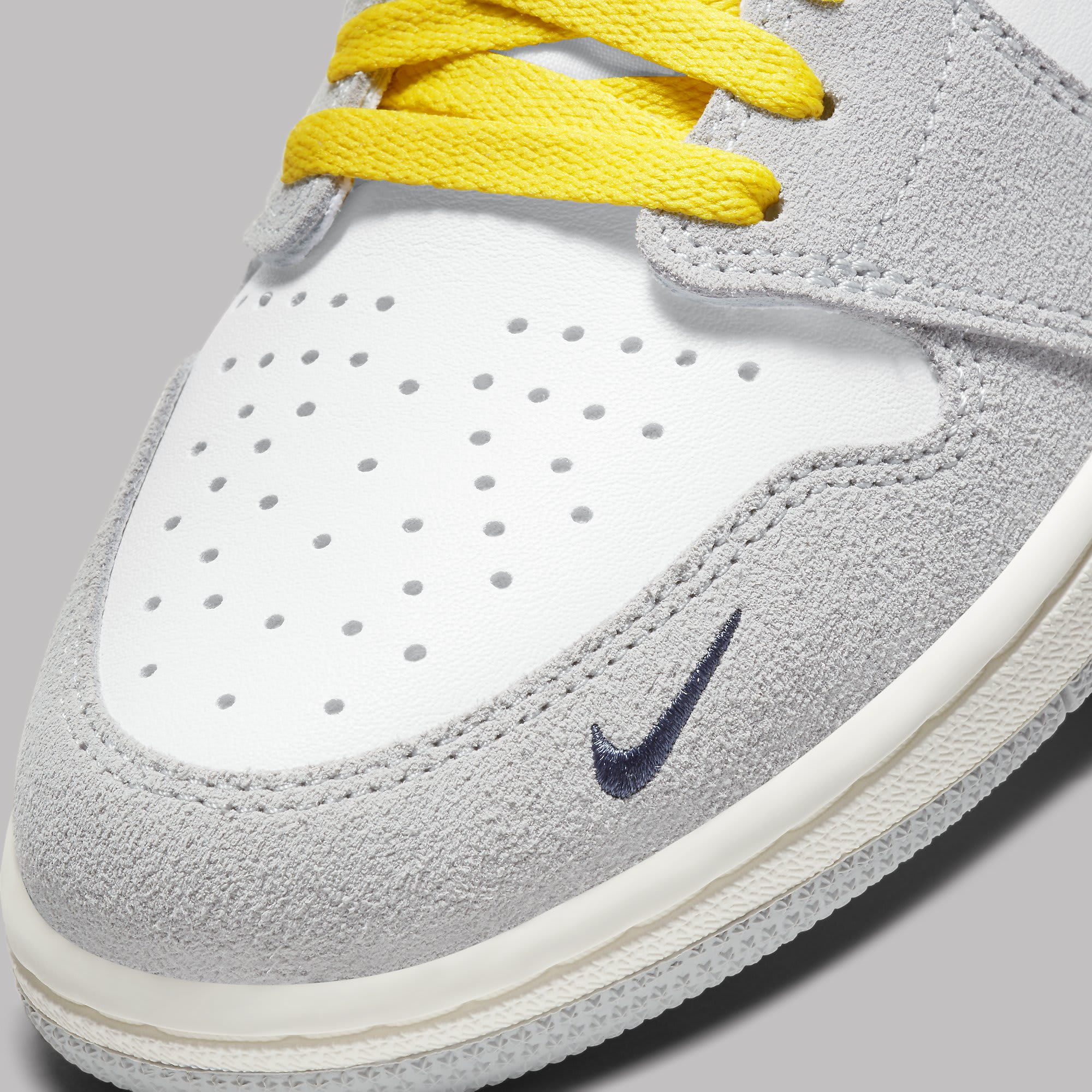 Air Jordan 1 High Switch White Light Smoke Grey Sail Tour Yellow Release Date CW6576-100 Toe
