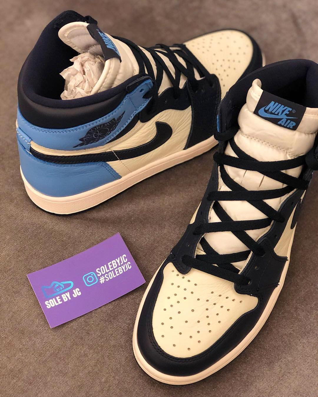 Air Jordan 1 'Sail/Obsidian-University Blue' 555088-140 3