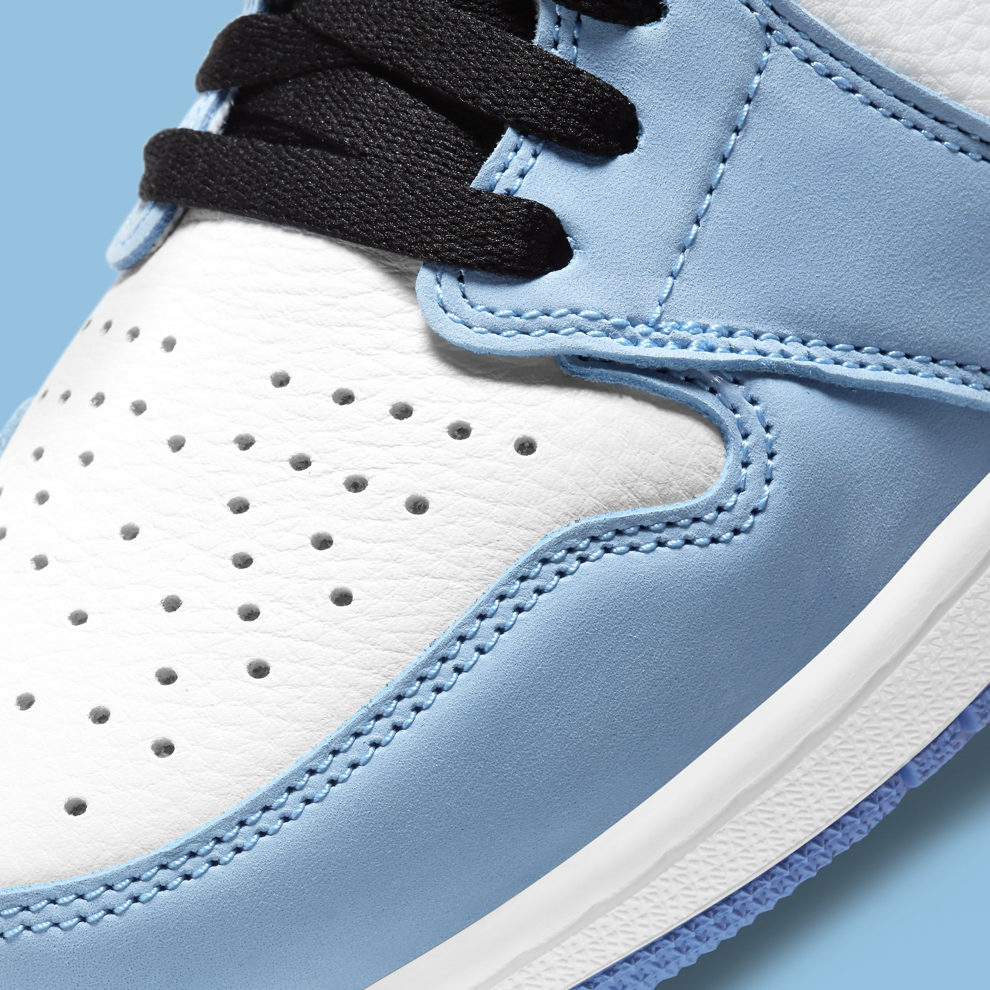 Air Jordan 1 University Blue Release Date 555088-134 Toe Detail