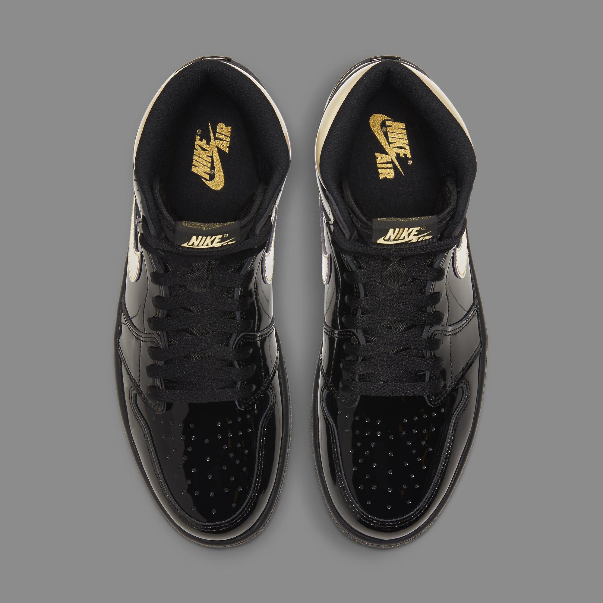 Air Jordan 1 Retro High OG 'Metallic Gold' 555088-032 Top