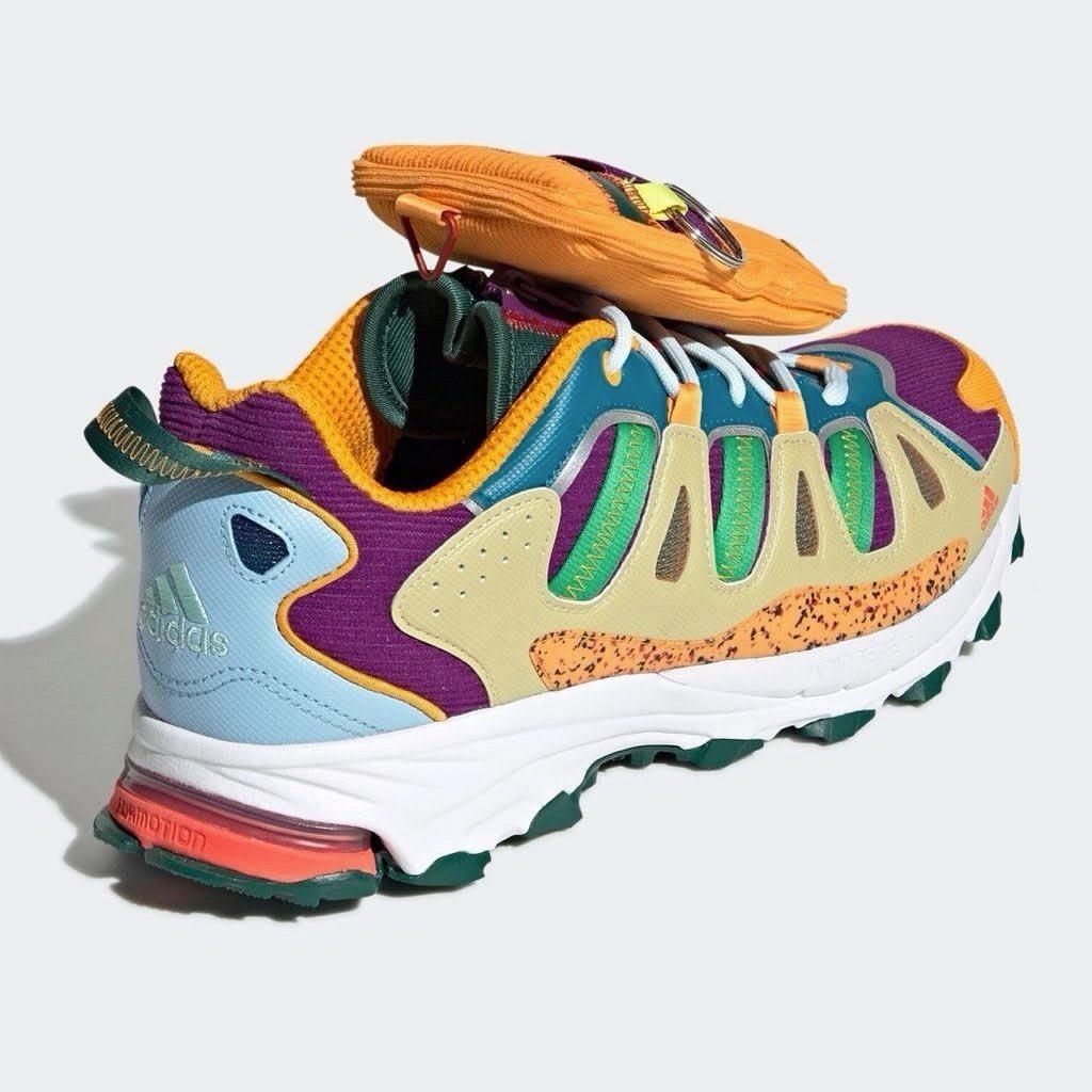 Disney x Sean Wotherspoon x Adidas Superturf Adventure 'Jiminy Cricket' (Heel)