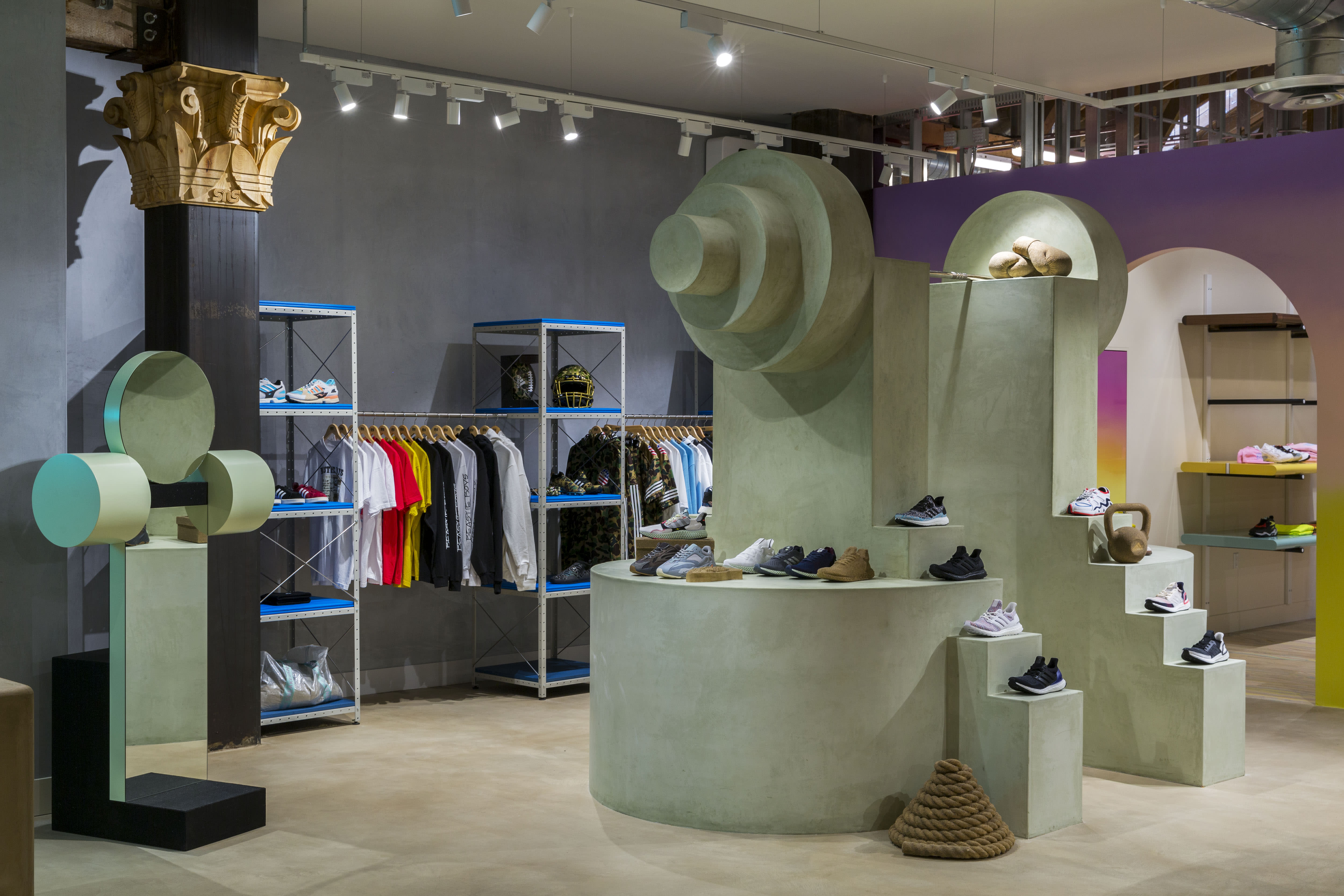609fe4e1f8a2 Sneakersnstuff Los Angeles Flagship Grand Opening | Sole Collector