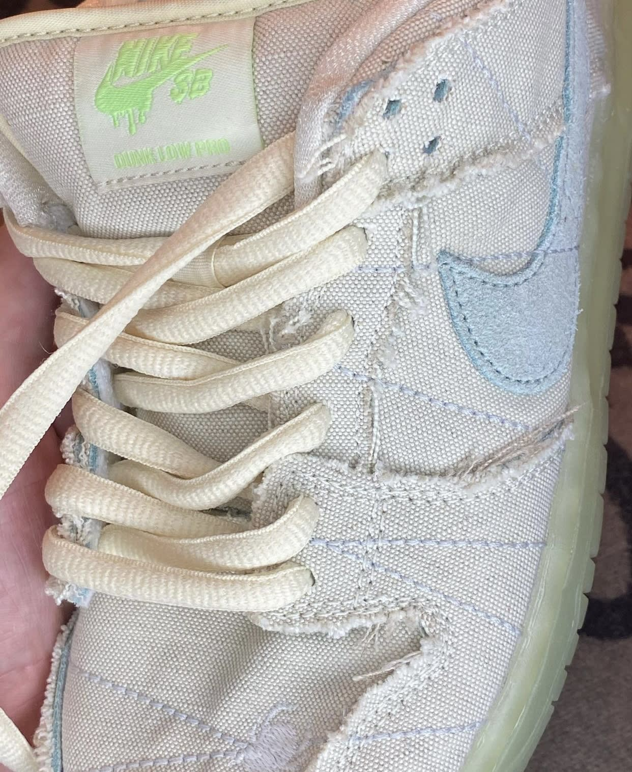 Nike SB Dunk Low Mummy Halloween DM0774-111 Laces