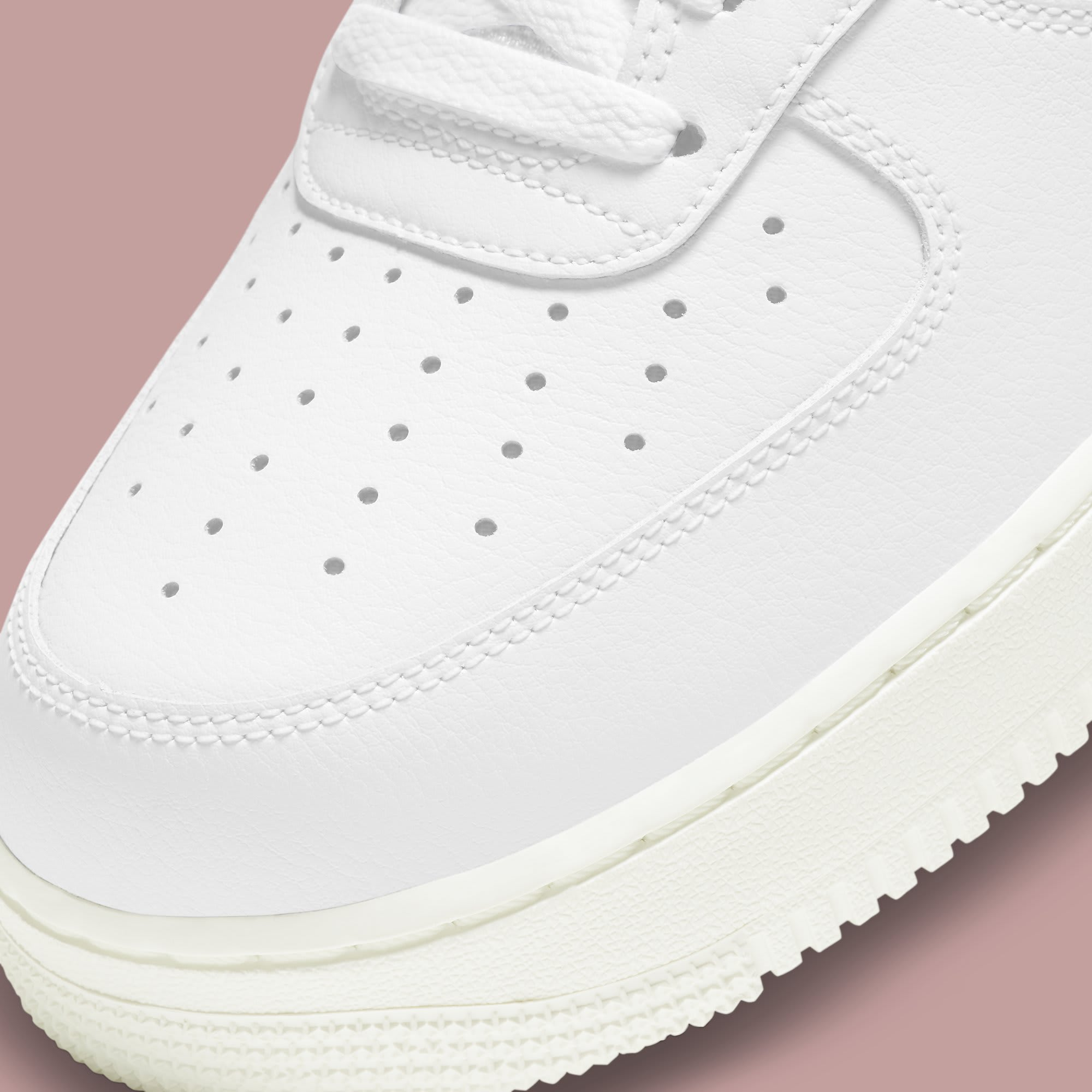 Nike Air Force 1 Low Valentine's Day 2021 Release Date DD7117-100 Toe
