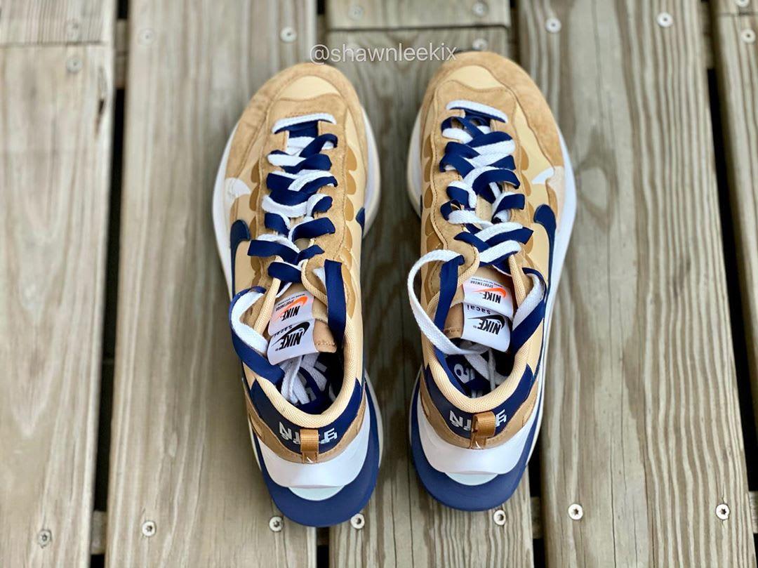 Sacai x Nike Vaporwaffle 'Sesame/Blue Void-White' Top