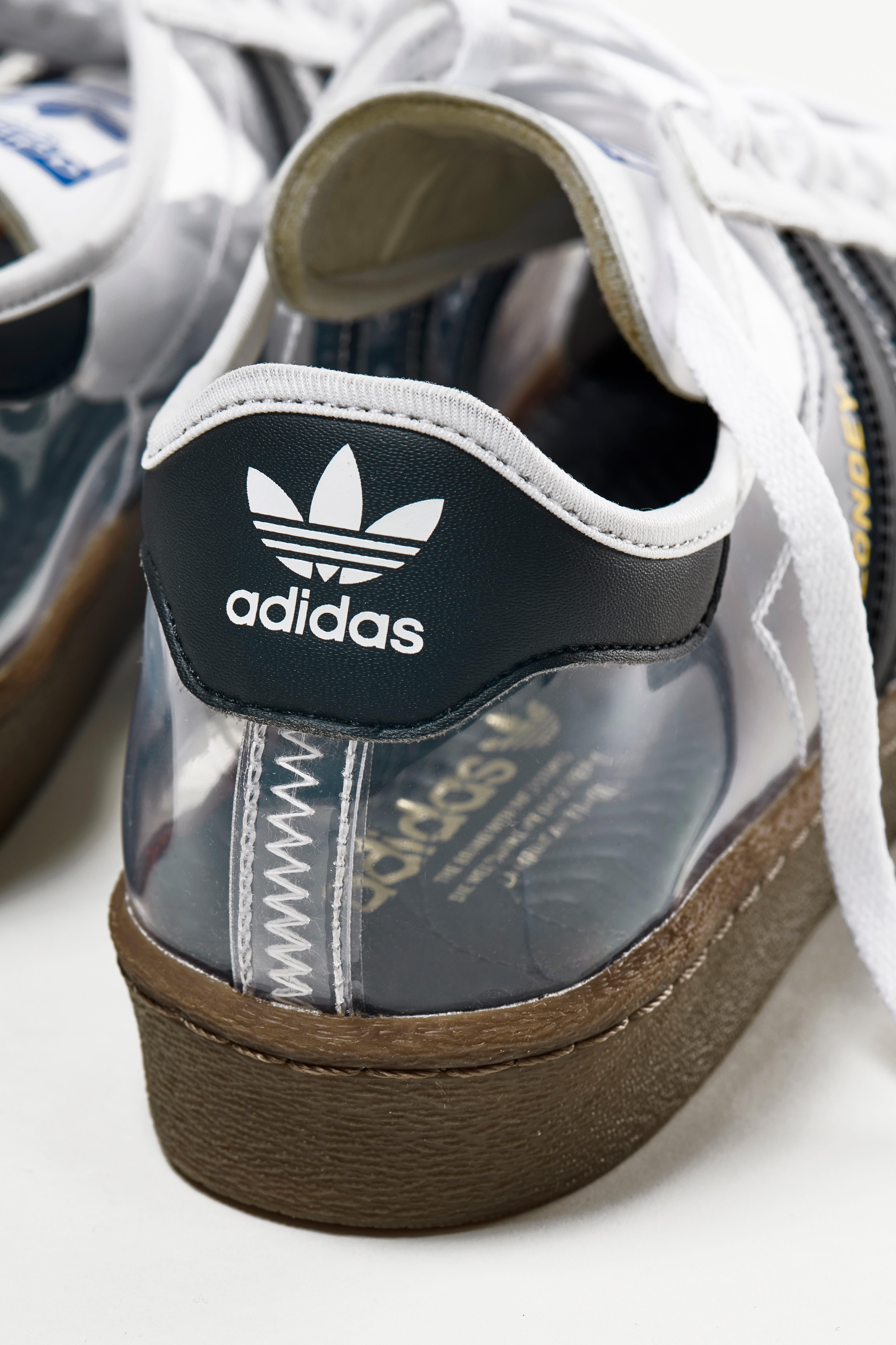 blondey-mccoy-adidas-superstar-80-heel