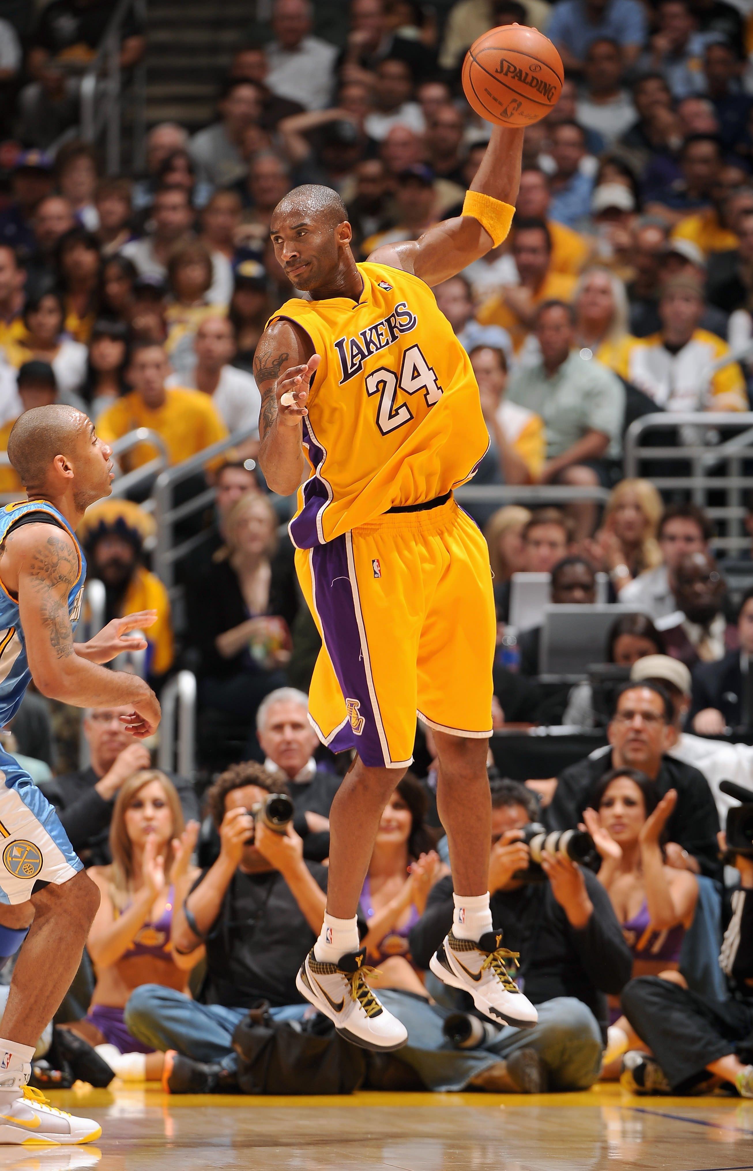 finest selection 85fb2 42cc0 Image via  US 11 · Kobe Bryant Nike Kobe 4 Del Sol