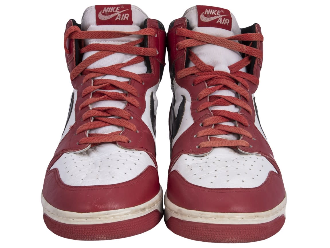 Sotheby's and Goldin Auctions Air Jordan 1 'Chicago' Dunk Sole Front