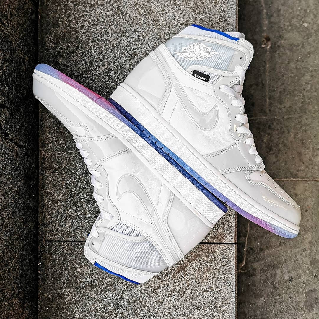 Air Jordan 1 High Zoom R2T 'White/Racer Blue' CK6637-104 (Lateral and Medial)