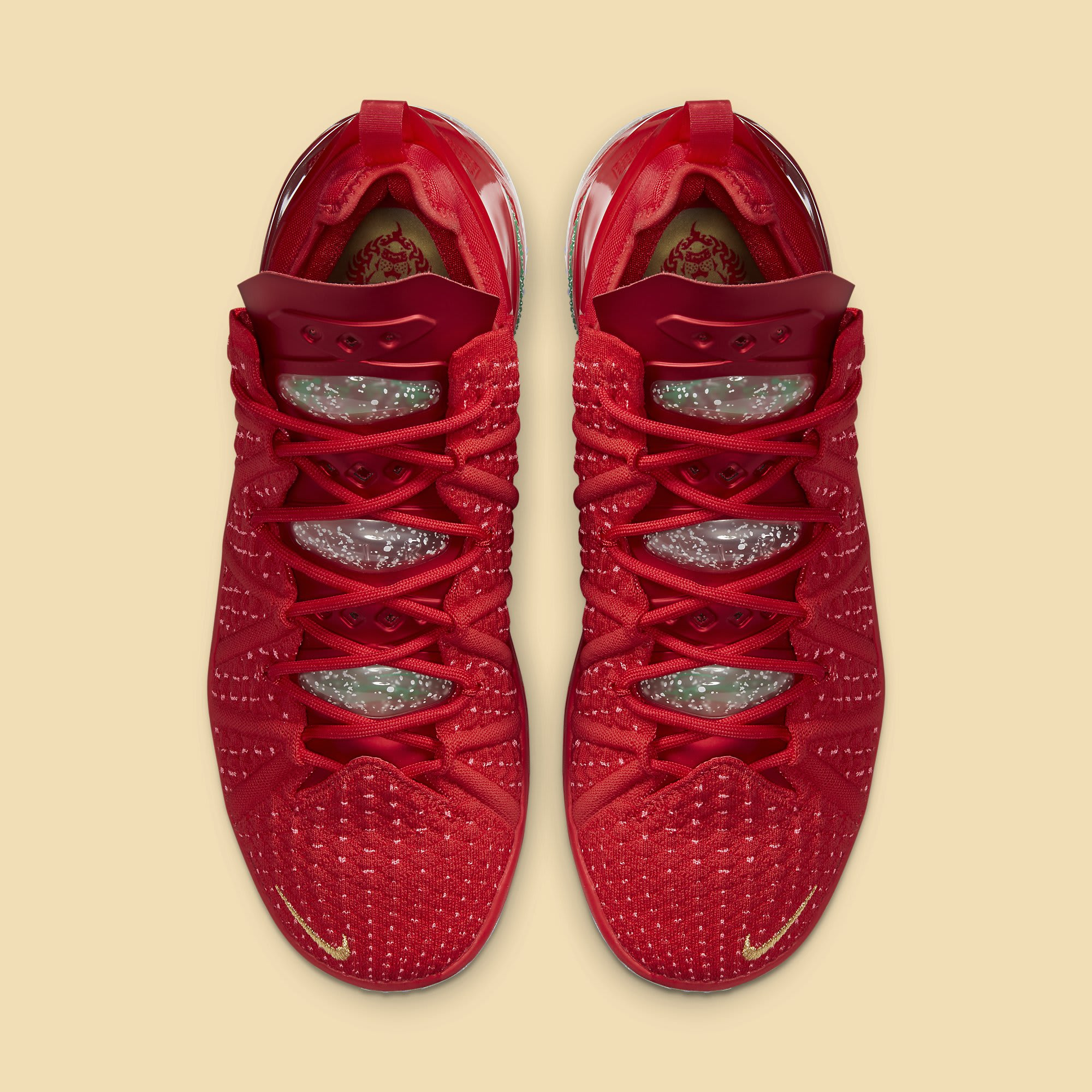 Nike LeBron 18 X-Mas in LA Release Date DB8148-601 Top