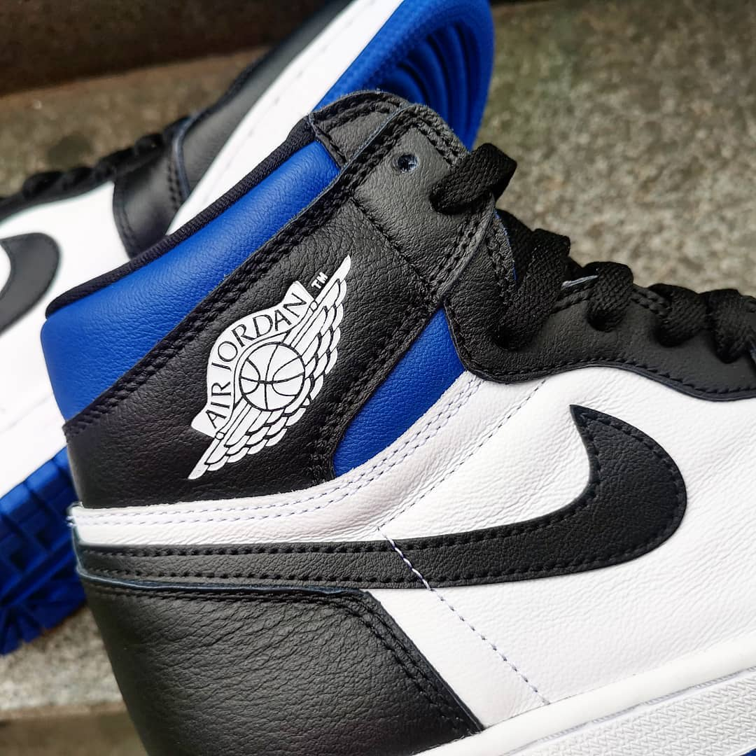 air-jordan-1-retro-high-og-game-royal-555088-041-ankle-collar