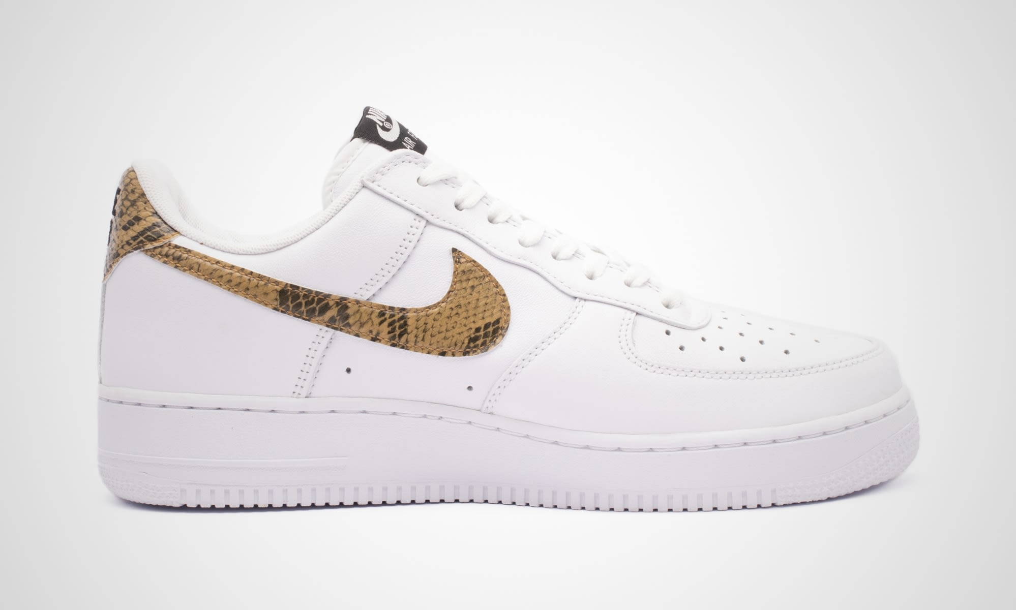ae4019b3fc Image via 43einhalb Nike Air Force 1 Low 'Ivory Snake' AO1635-100 (Medial)