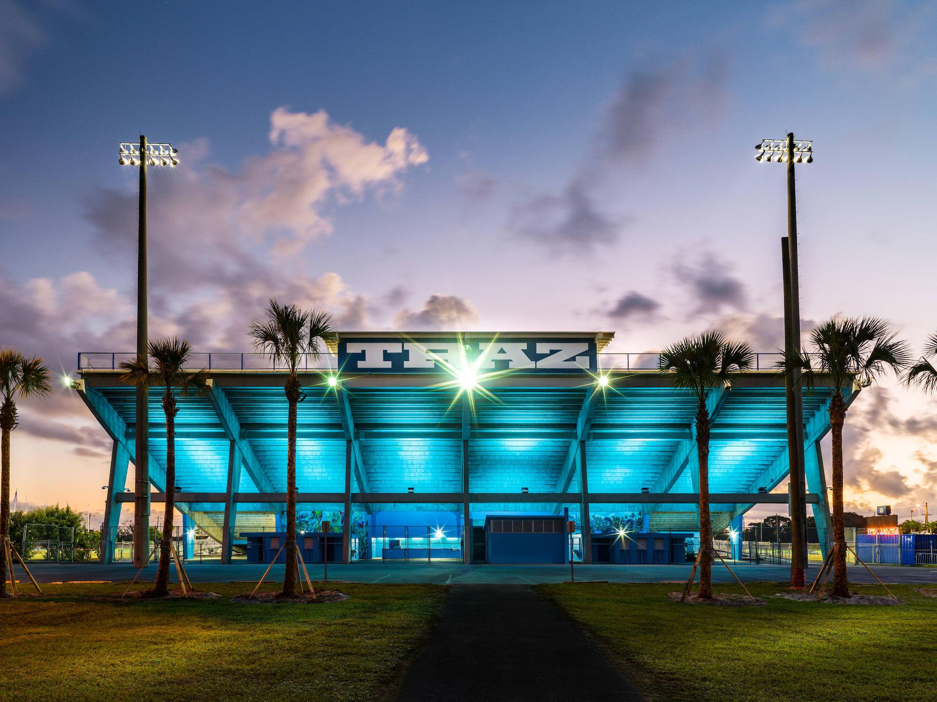 Nike Nathaniel Traz-Powell Stadium (Outer 2)