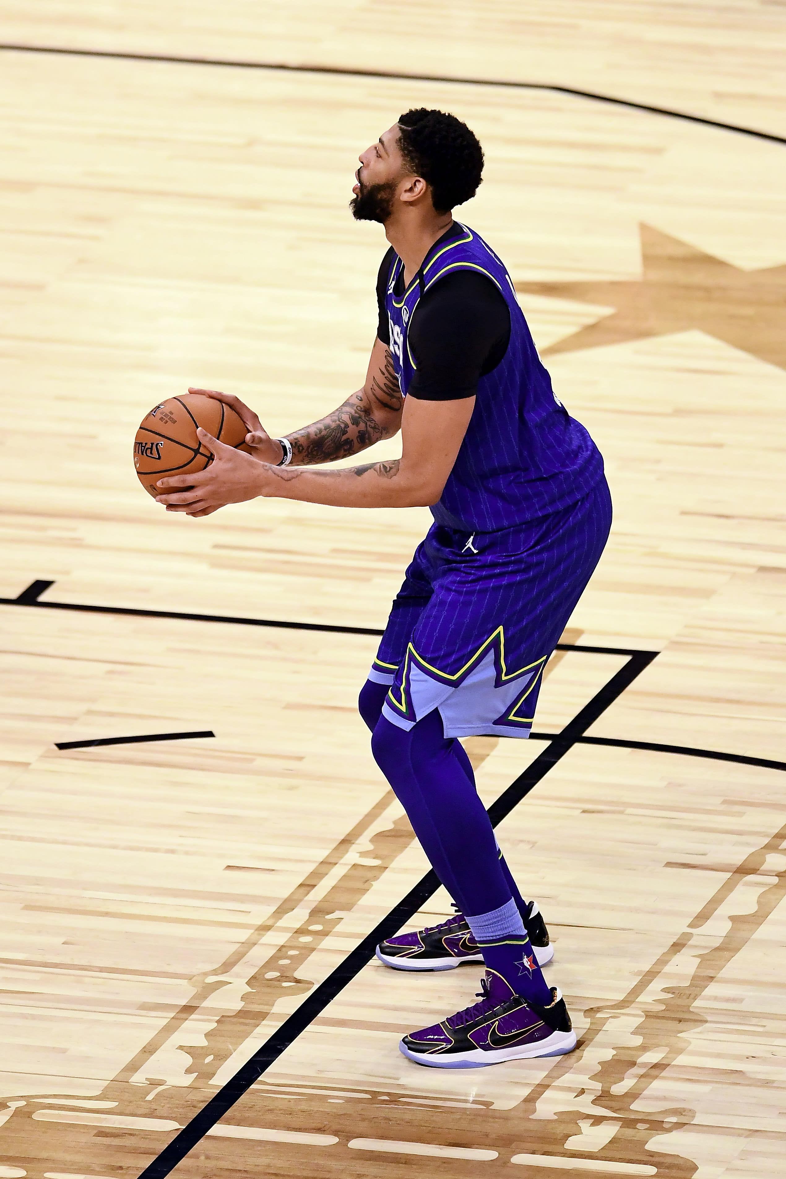 Anthony Davis Nike Zoom Kobe 5 Protro