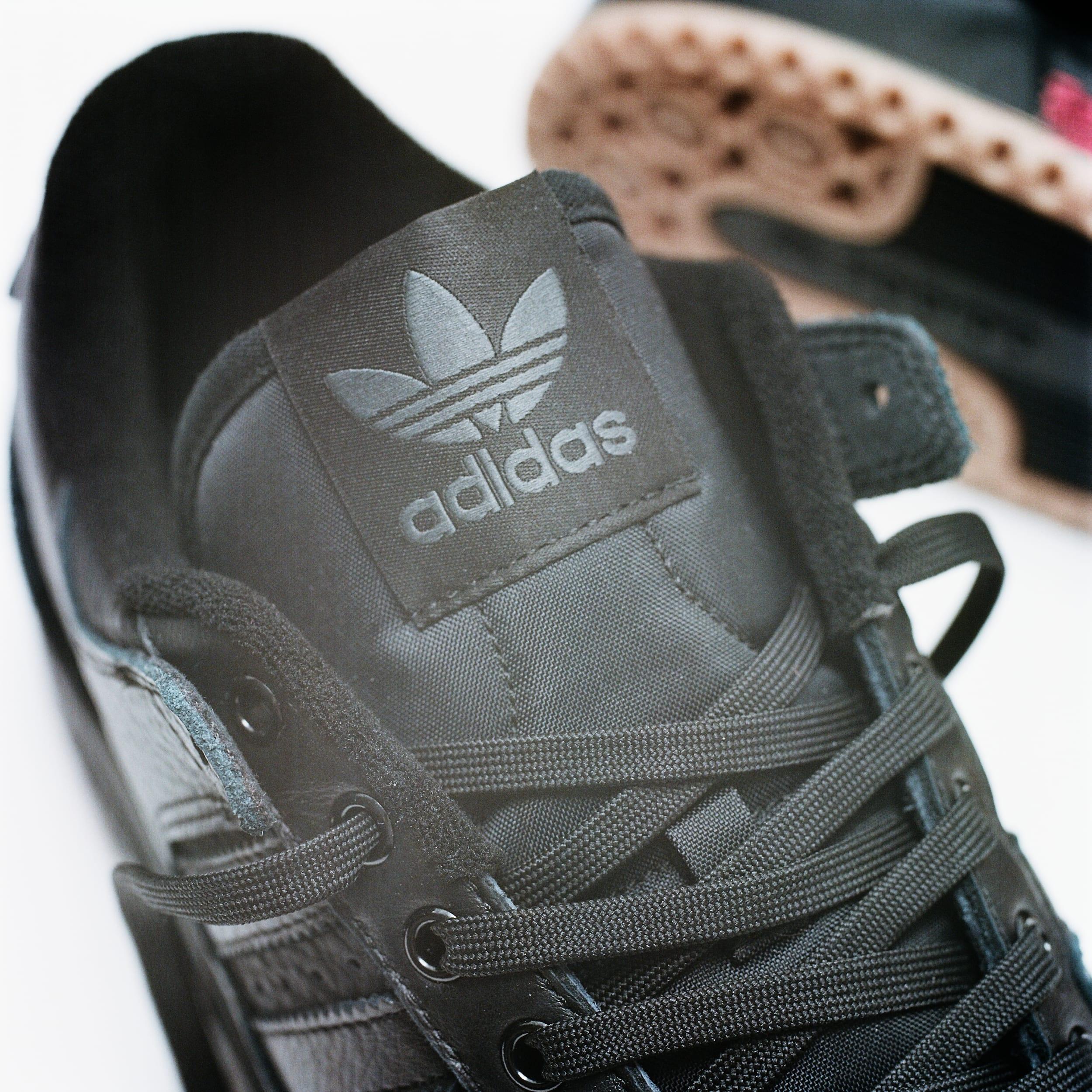 Adidas Forum 84 ADV Black Tongue