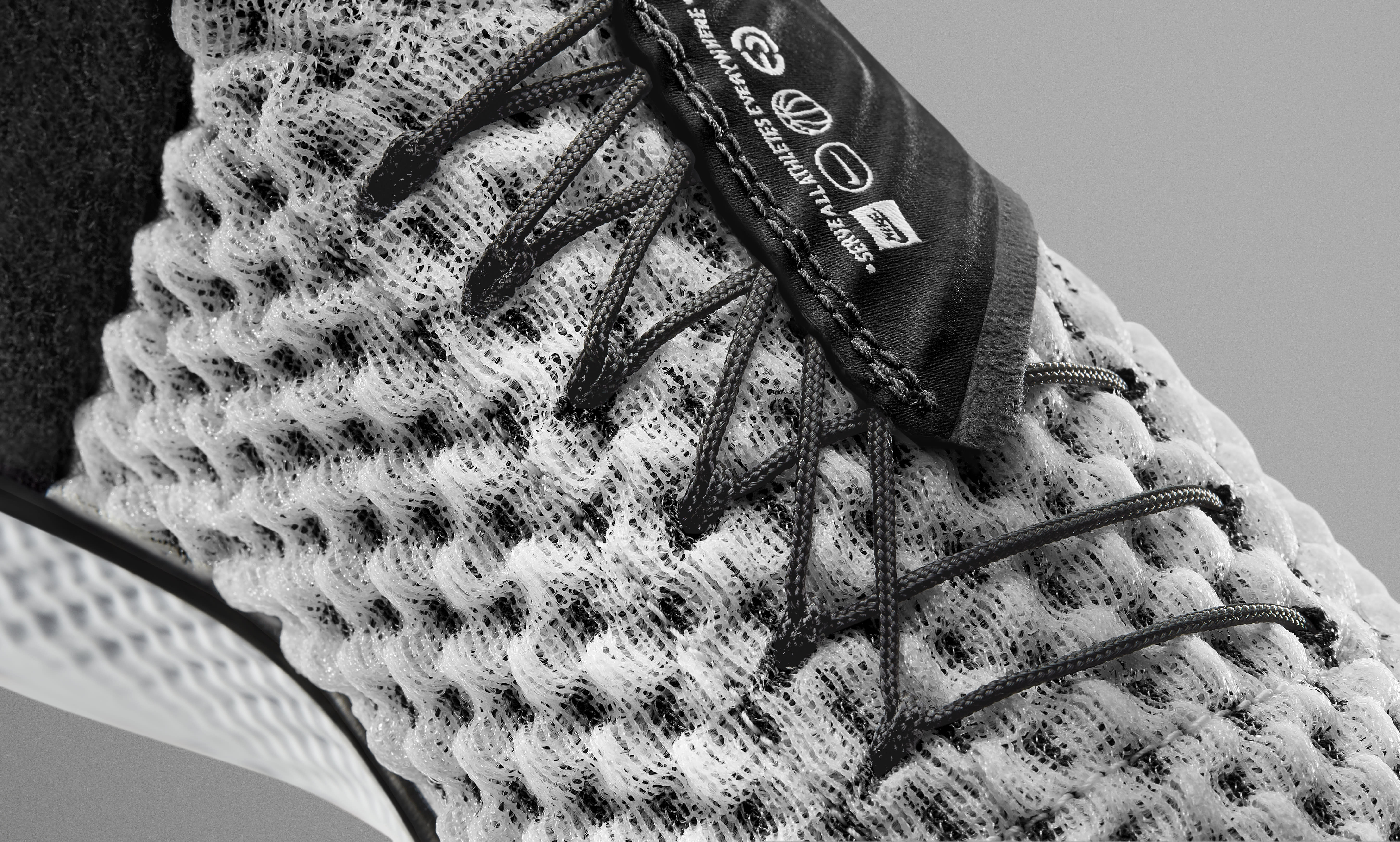 Nike Zoom UNVRS 3