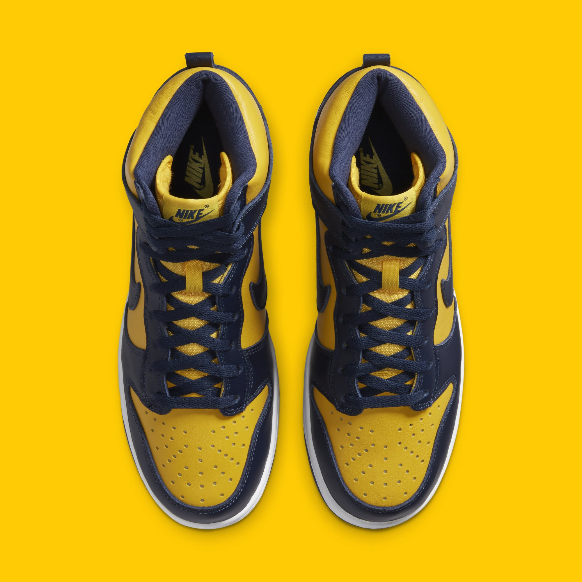 Nike Dunk High SP 'Michigan' CZ8149-700 Top